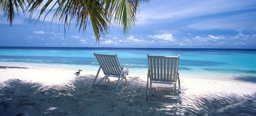 beach-chair-charm-serene