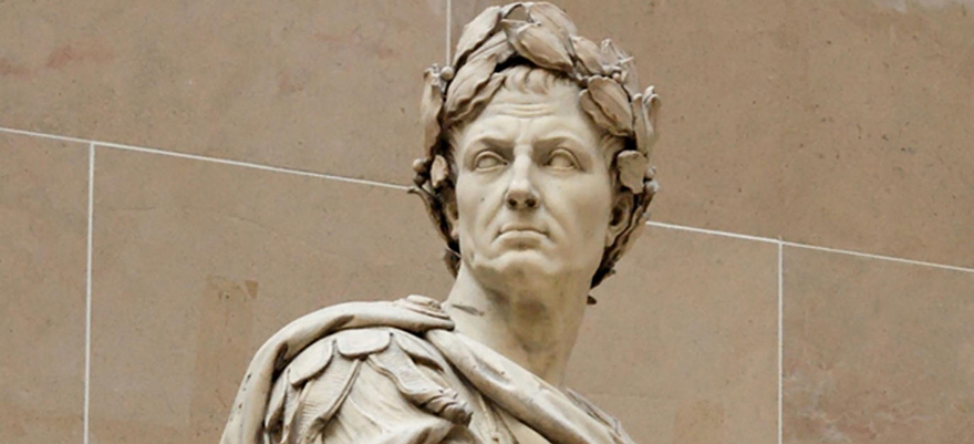 virtuous julius caesar Mark antony was a soldier and statesman at the end of the roman republic renowned for the eulogy he spoke at the funeral of julius caesar.